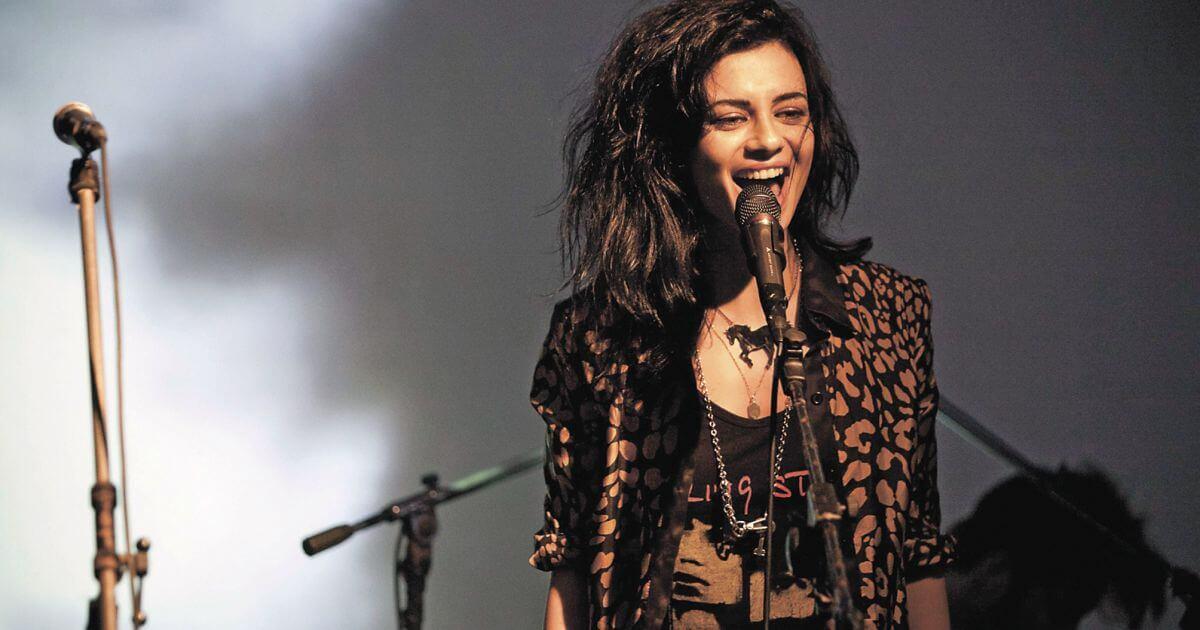 搖滾女歌手 Ninet Tayeb ,捨棄主流走出自己的音樂路!
